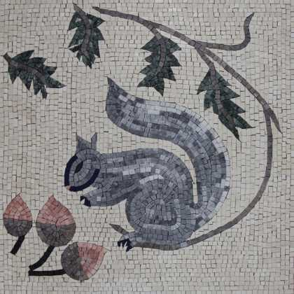 AN1149 Squirrel with Acorn Mosaic