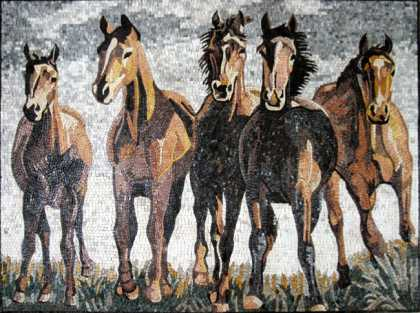 AN260 Beautiful galloping horse group